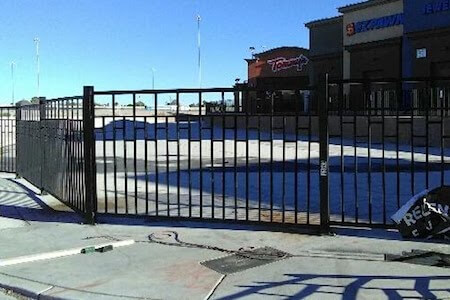 commercial fence company